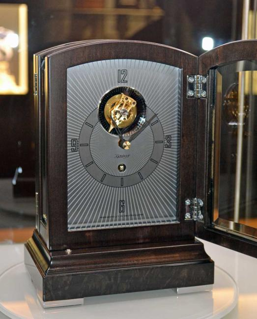 Kieninger small mantel clock with exclusive tourbillon movement 1277-96-01