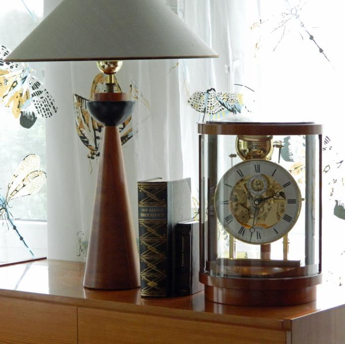 kieninger uhrenshop kieninger design runde kaminuhr. Black Bedroom Furniture Sets. Home Design Ideas